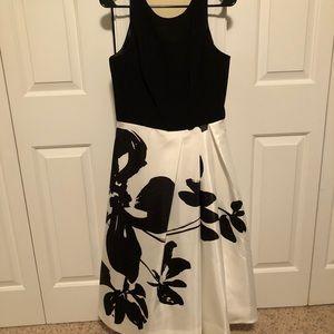 Whbm gorgeous flowered dress